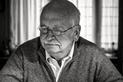 Erik Orsenna chez lui