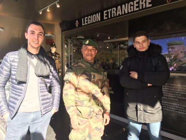 Thimotée et Jérèmy, deux jeunes Alèsiens séduits par la Légion. - Radio France