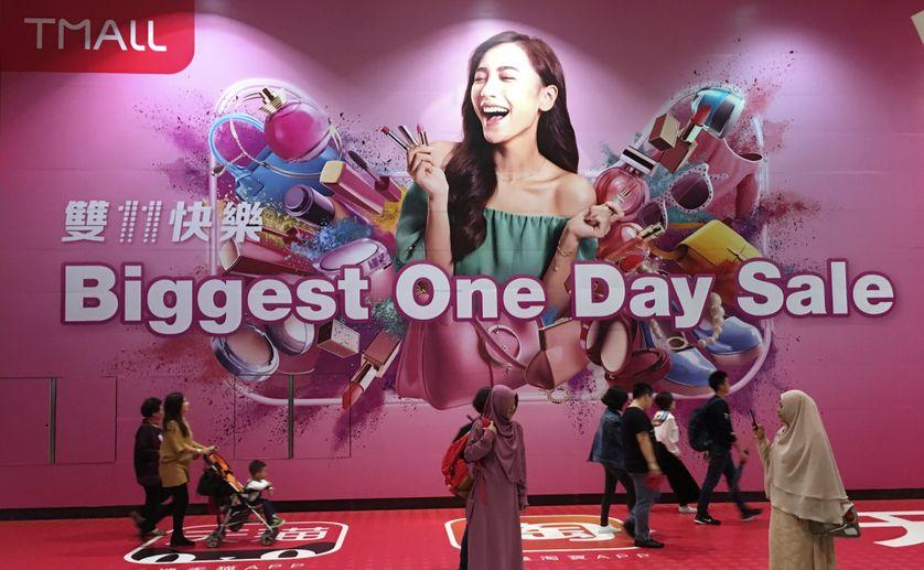 Affiche publicitaire à l'occasion de la Journée des Célibataires en Chine
