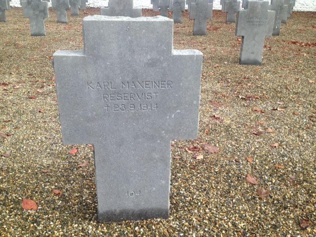 Tombe d'un soldat allemand enterré au cimetière militaire allemand de Mont-de-Marsan.