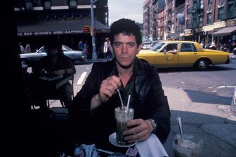 Lou Reed à New York en 1982, au Cafe Figaro à Greenwich Village
