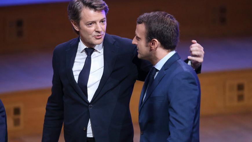 """Résultat de recherche d'images pour """"Macron Congres AMF"""""""