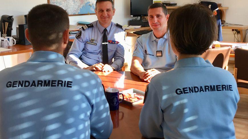Le couple de gendarmes félicité par sa hiérarchie