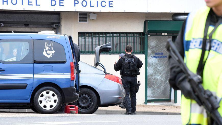Les hommes du Raid de Toulouse et Bordeaux sont intervenus. Ce sont eux qui ont neutralisé l'individu