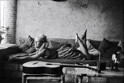 Extrait du film Vie Privée de Louis Malle en août 1961