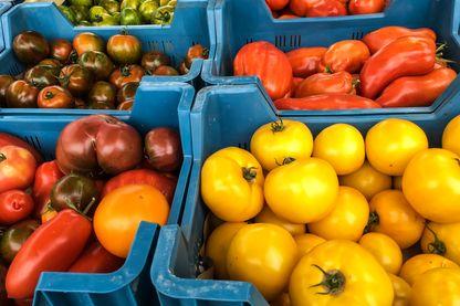 Vente directe de leurs produits au supermarché, les agriculteurs ont trouvé le moyen d'écouler toute leur production