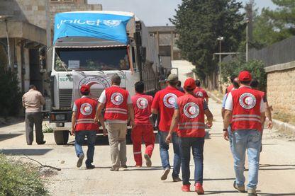 Le Croissant Rouge stocke et distribue l'aide humanitaire en Syrie