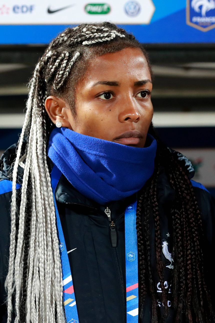 La joueuse des Girondins de Bordeaux, Nadjma Ali Nadjim est restée sur le banc, gênée par un torticolis.