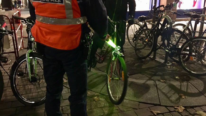 Les policiers municipaux lors de cette opération de prévention destinée aux cyclistes