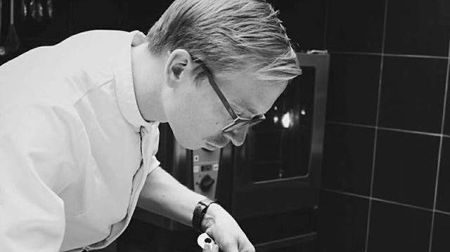 """Stéphane Bruyer, chef du restaurant """"Ail des Ours"""" à Amiens (80)"""