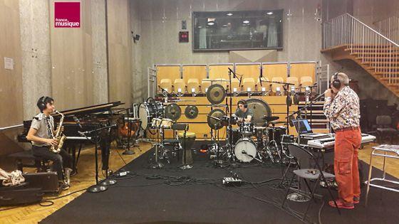 Le trio Birgé / Hoang / Ber en balance au studio 107 pour Tapage nocturne