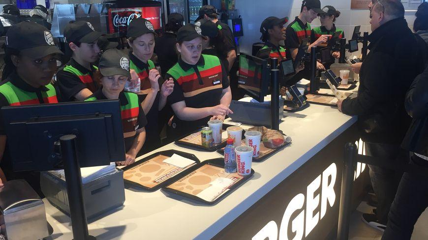 Carte Burger King Perigueux.Le Premier Burger King Ouvre En Dordogne