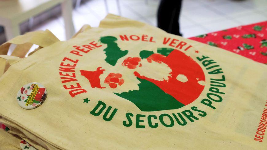 Le Père Noël vert, une initiative du Secours Populaire
