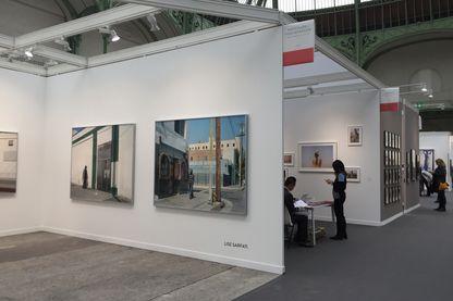 Vue du stand de La Galerie Particulière consacrée à Lise Sarfati pour Paris Photo 2017.