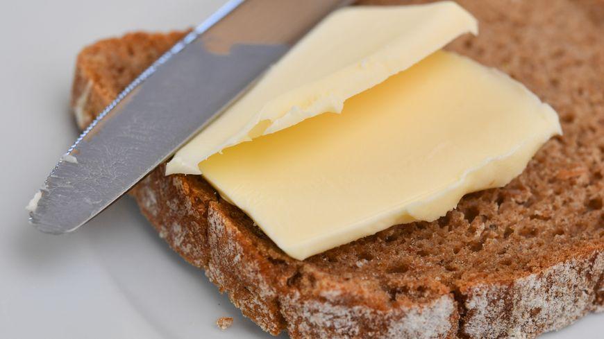 On vous explique comment cuisiner votre propre beurre à la maison (illustration)