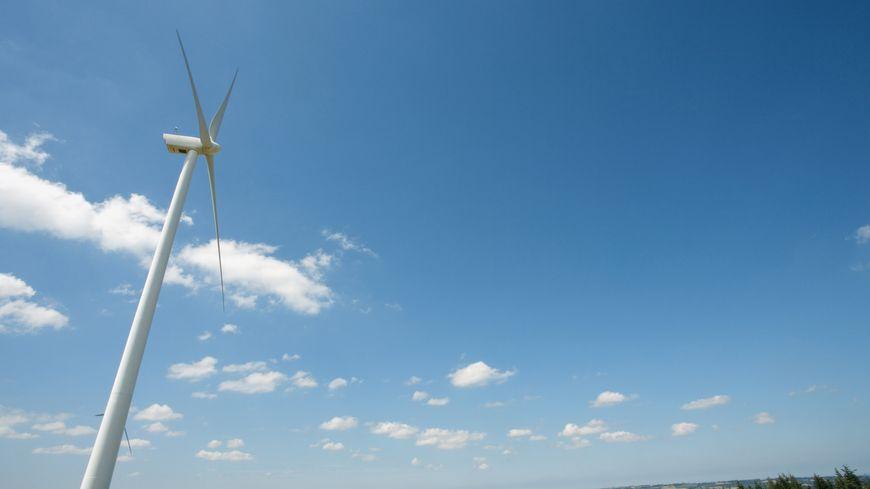 Le projet prévoit la construction de 7 mâts de 183 mètres de haut