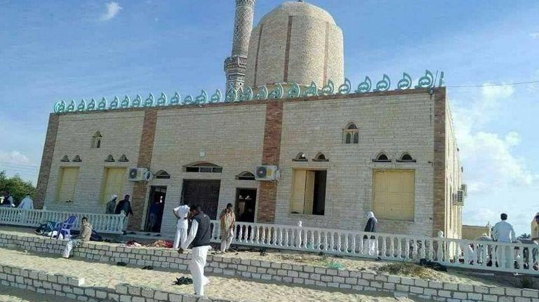 La mosquée visée par une attaque, en Égypte, le 24 novembre 2017