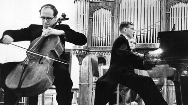 Mstislav Rostropovitch sur ARTE - Patrice Fontanarosa : Bach à Saint-Etienne-du-Mont
