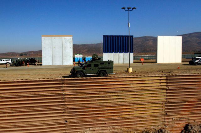 Des prototypes de mur à la frontière mexicaine ont été présentés en octobre