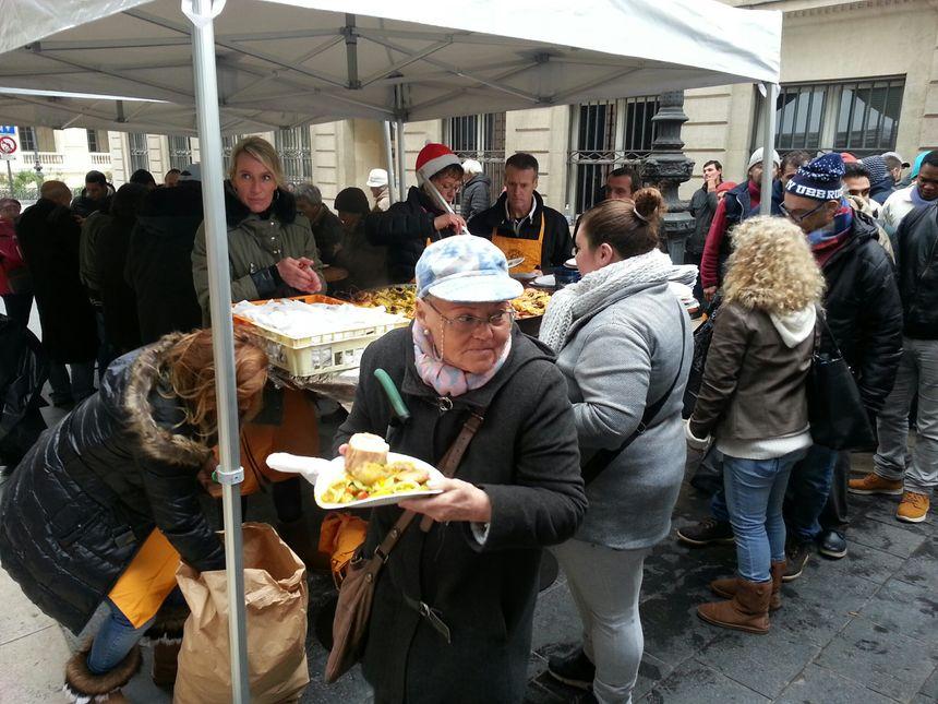 50 bénévoles pour 1000 repas servis à la Bodega du coeur