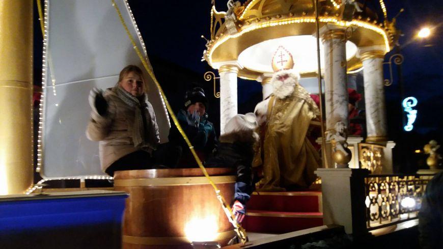 Quelques milliers de personnes ont bravé le froid pour assister au défilé de Saint-Nicolas-de-Port.