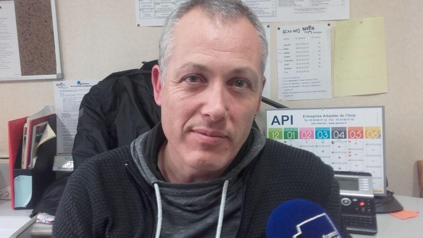 Stéphane Lajaumont milite et agit pour le soutien aux migrants au sein du collectif limousin