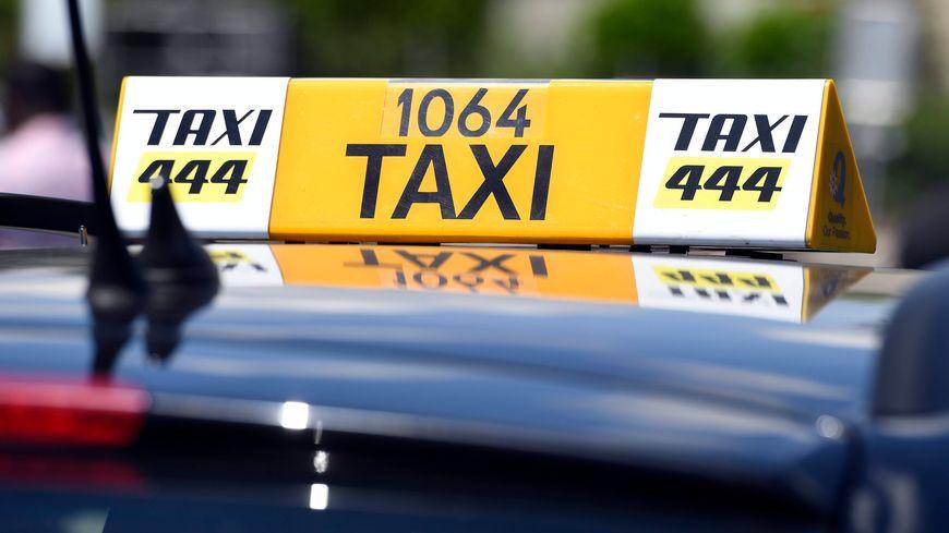 Un Bisontin fait le trajet en taxi entre Genève et Besançon et ne paie pas la facture ... de près de 600 euros.