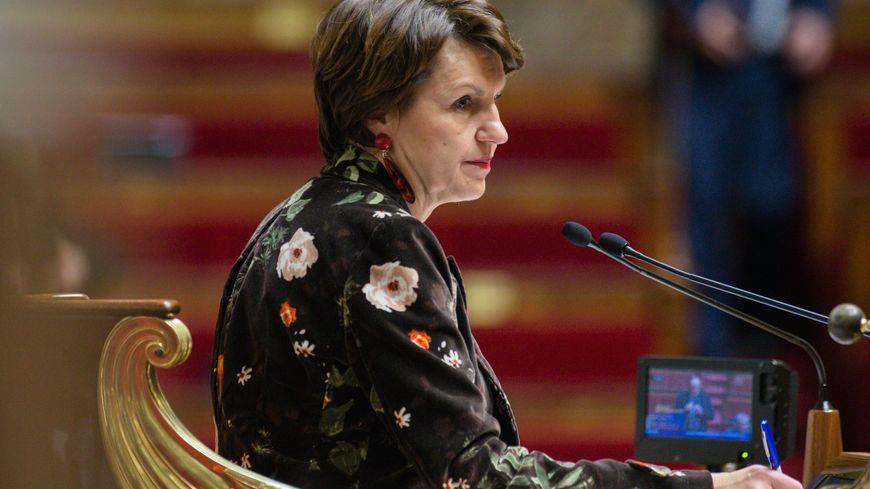 Annie Genevard, au perchoir de l'Assemblée nationale
