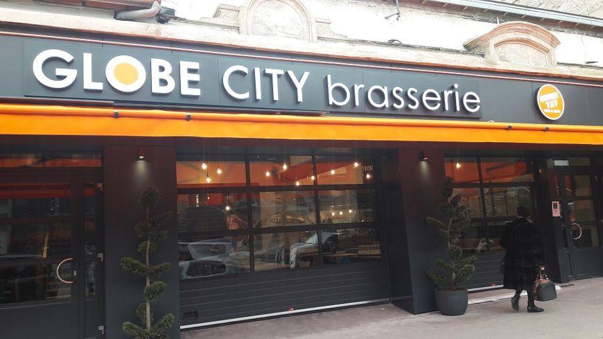 Le Globe City est le deuxième établissement de la franchise Globe.