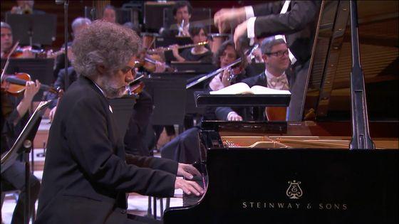 François-Frédéric Guy interprète Brahms