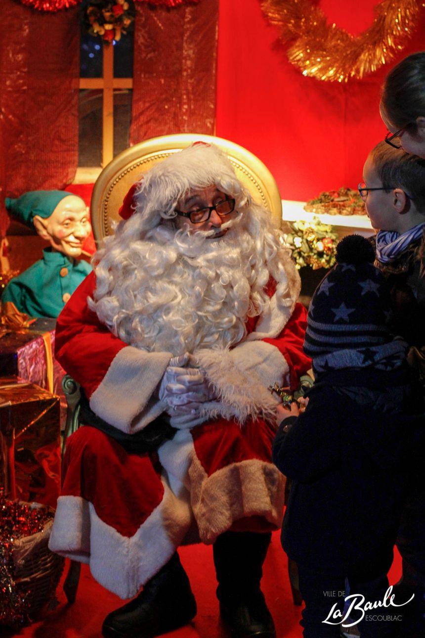 On y croise même le Père Noël