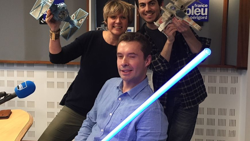 Sébastien de Nost , fan  de Stars Wars, Marie-Dominique Prive et Melvin Turpin de France bleu Périgord