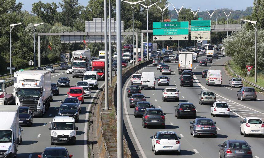 La rocade bordelaise est empruntée tous les jours par 250 000 véhicules.