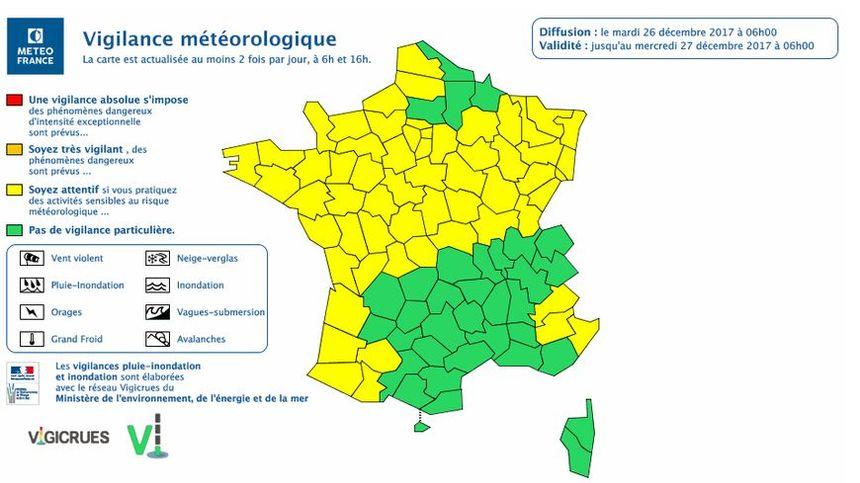 Une cinquantaine de départements sont en vigilance jaune Vent violent.