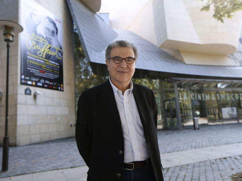 Serge Toubiana devant la cinémathèque française