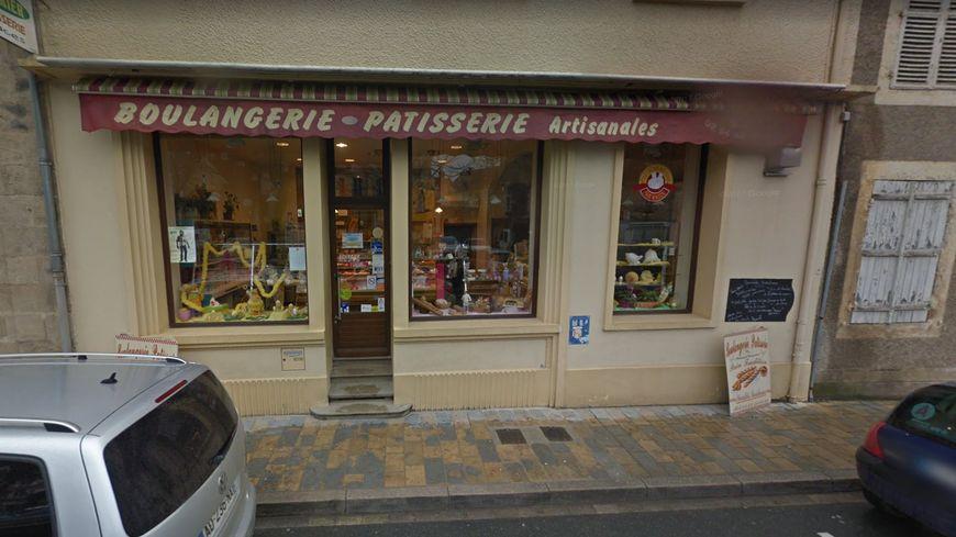 La boulangerie du 3 place du Docteur Vergne à la Châtre