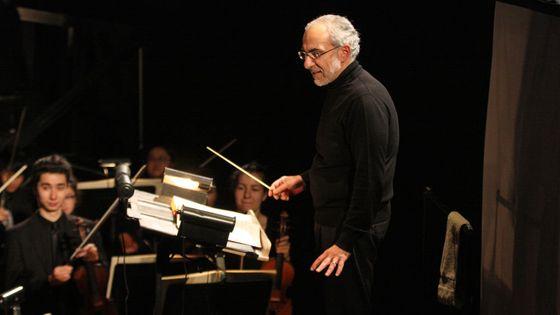 Joesph Colaneri dirige la Finta Giardiniera de Mozart à la Juilliard School en novembre 2017