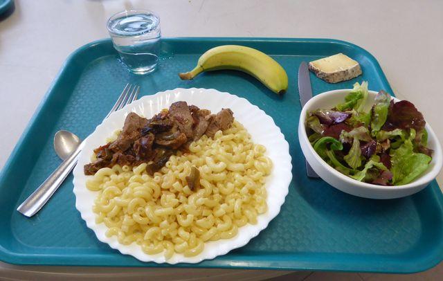 A Mouans Sartoux, le plateau repas du jour