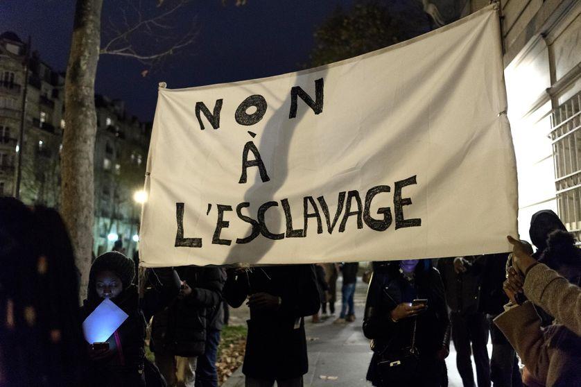 Manifestation citoyenne à Paris contre l'esclavage en Libye, le 24 novembre 2017.