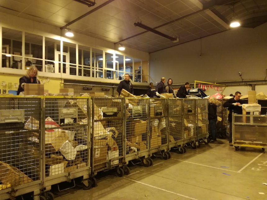 Soixante-dix pour cent des colis traités à Dury proviennent du commerce en ligne
