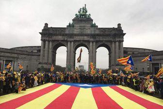 45.000 militants indépendantistes à Bruxelles pour demander à l'Union Européenne de s'impliquer dans la crise et soutenir leur ex-président en exil