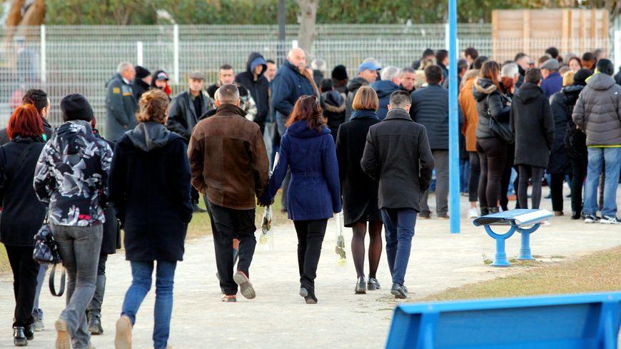 Des milliers de personnes se sont retrouvées jeudi pour les obsèques de quatre des six victimes, à Saint-Féliu-d'Avall.