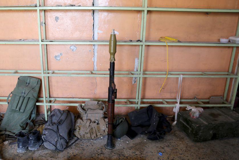 Armes retrouvées par l'armée irakienne lors de la libération de Mossoul
