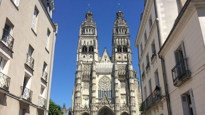 Illustration : La cathédrale de Tours.