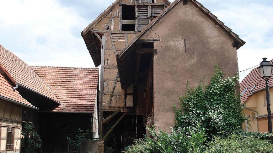 Le séchoir à tabac de Lipsheim fait 12 metres de haut