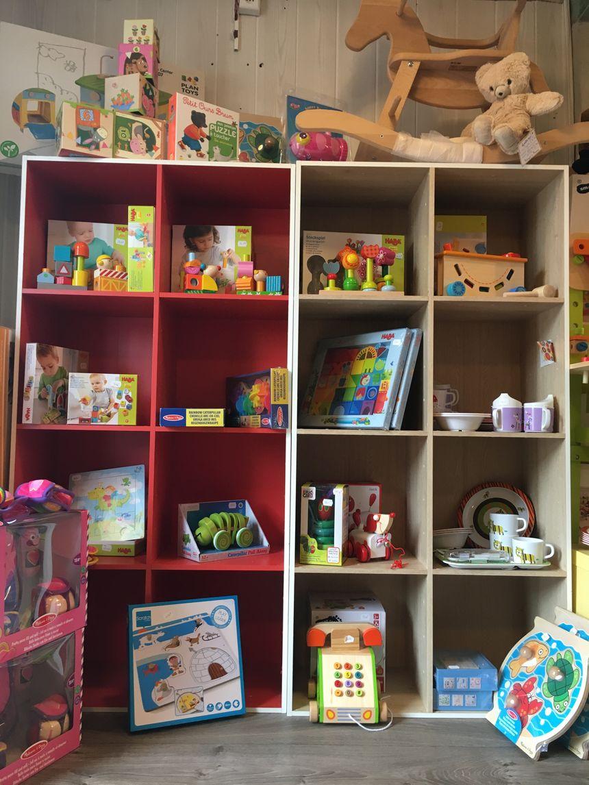 """Les jeux et jouets dans la boutique """"T'es Cap de Jouer"""" à Capbreton"""