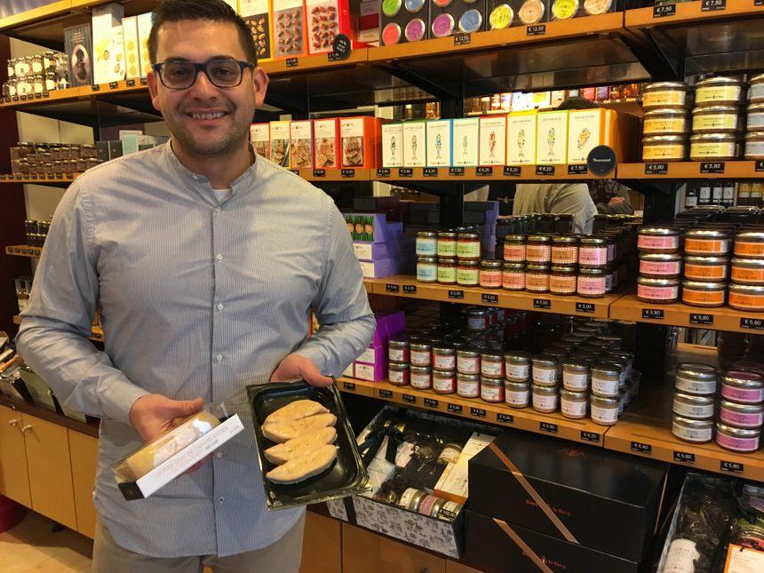 La pénurie ne concerne pas tous les types de foie gras, selon Alexandre Le Gac, responsable du magasin Comtesse du Barry, à Orléans