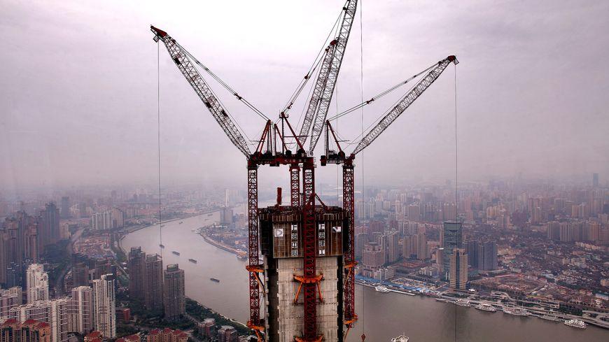Image d'illustration. Un autre gratte-ciel dans la grisaille chinoise.