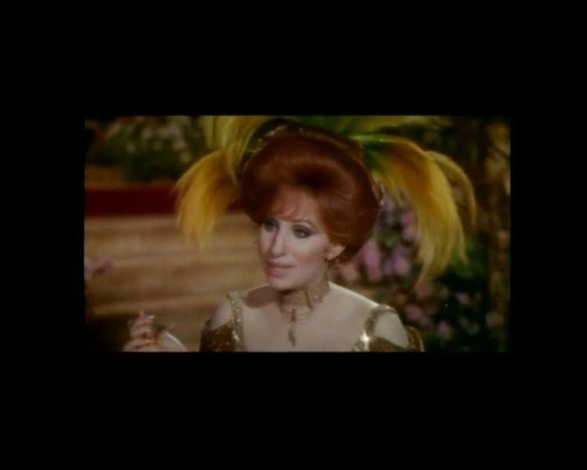 Dolly Levi (Barbra Streisand) dans Hello, Dolly ! de Gene Kelly (1969)