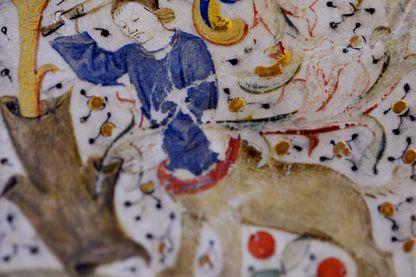 Graduel pesant 32 kg acheté en 1463 à Paris avec des enluminures de la même époque. Saint-Mihiel en novembre 2013.